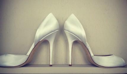 monique-lhuillier-scarpe-sposa