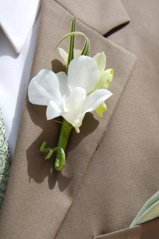 st-john-groom-flower