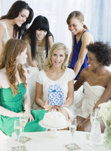 who-should-be-invited-to-the-bridal-shower-450
