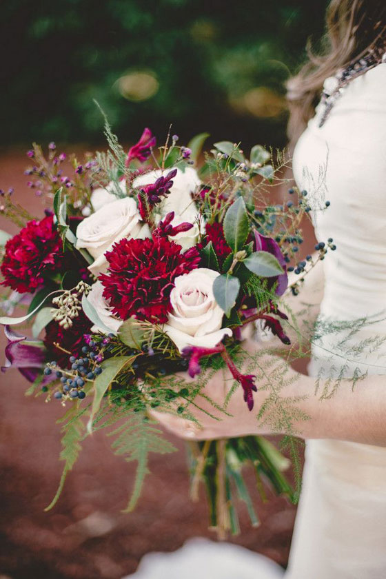 garofani_sangria_bouquet_matrimonio_invernale_esterchianelli_weddingplanner