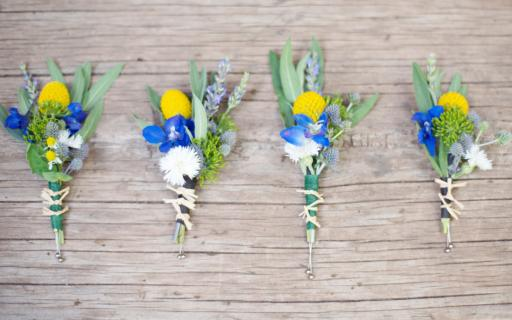 Boutonniere – Groom's bouquet