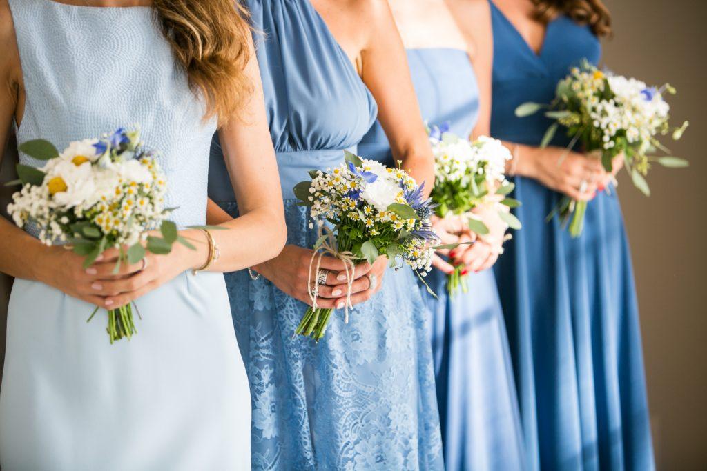 natural chic bridesmaids