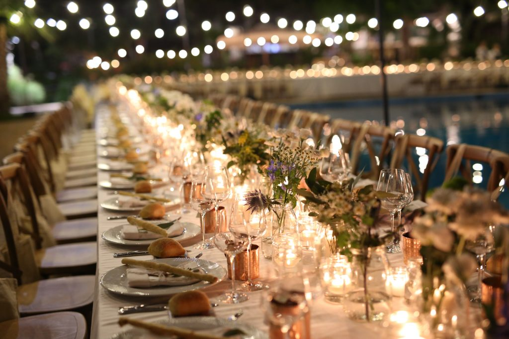 natural chic table